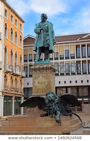 Posąg włoski patriota Wenecja Włochy budynku Zdjęcia stock © boggy