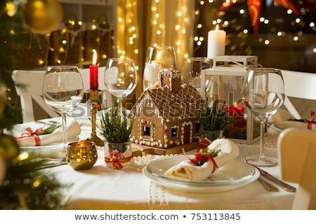 decorato · Natale · tavola · foto · tavolo · in · legno · ornamenti - foto d'archivio © Francesco83