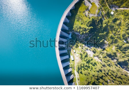 Montanha lago belo paisagem turquesa artificial Foto stock © photosebia