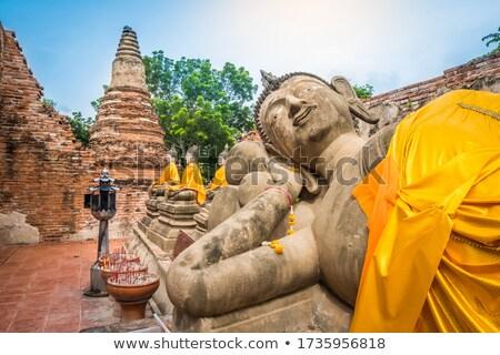 Buda heykel tapınak altın oturma Stok fotoğraf © Yongkiet