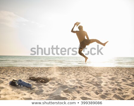 man · strand · glimlachend · gelukkig · winter · senior - stockfoto © monkey_business