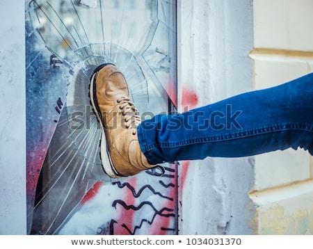 Ladrão casa ladrão quebrar homem casa Foto stock © AndreyPopov