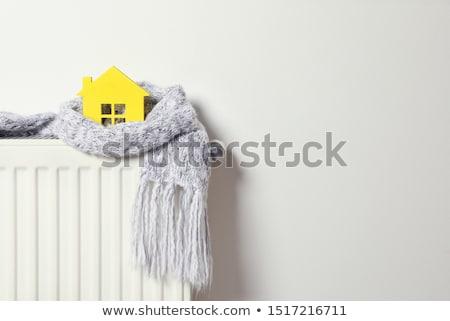 Ogrzewania radiator model domu trykotowy szalik Zdjęcia stock © AndreyPopov