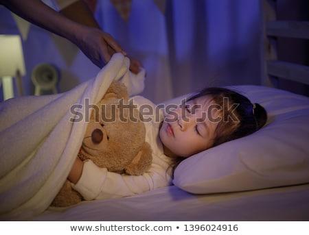 мирный женщину кровать дочь спальня семьи Сток-фото © wavebreak_media