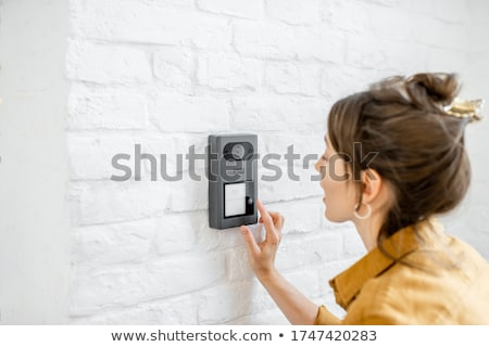 アパート · ボタン · 建物 · ドア · 金属 · ゲート - ストックフォト © czbalazs