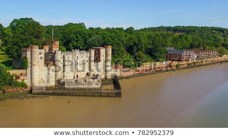 château · bateau · eau · mur · pierre - photo stock © smartin69