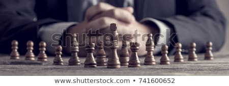 mano · movimiento · peón · tablero · de · ajedrez - foto stock © fuzzbones0