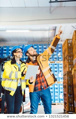 munkások · disztribúció · raktár · számítógép · nők · doboz - stock fotó © kzenon