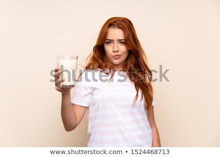 kobieta · szkła · mleka · biały · uśmiech - zdjęcia stock © Rob_Stark