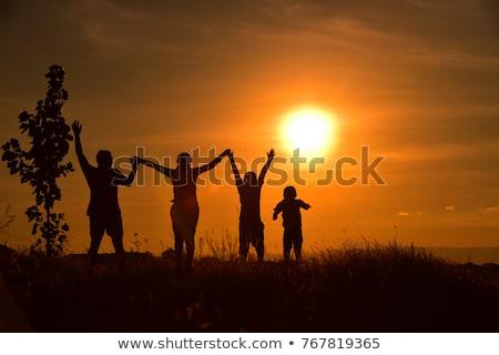家族 · 子供 · 手 · 日没 · 空 · 手 - ストックフォト © Paha_L