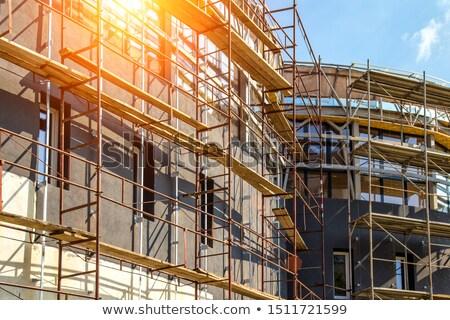 Edifício andaime em torno de novo casa Foto stock © stevanovicigor