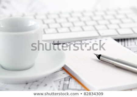 Simulateur souverain notepad stylo architectural dessins Photo stock © Vladimir