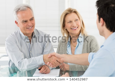 casal · de · idosos · financeiro · profissional · isolado · branco - foto stock © kzenon