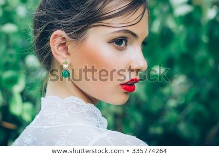 Stockfoto: Mooie · brunette · bruid · bruiloft · portret · rode · lippen