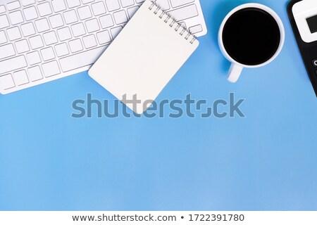 Költségvetést készít laptop modern munkahely közelkép leszállás Stock fotó © tashatuvango