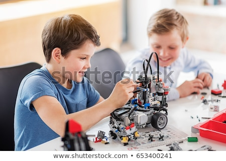 Robots kinderen onderwijs robotica kind Stockfoto © Lightsource