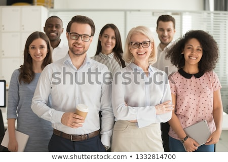Grupo empresárias escritório pessoas de negócios negócio equipe Foto stock © dolgachov