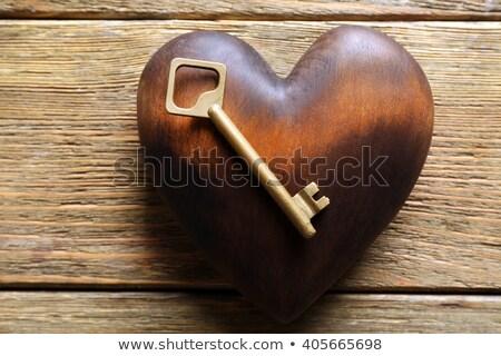 coração · trancar · fechado · cadeado · dourado · chave - foto stock © marimorena