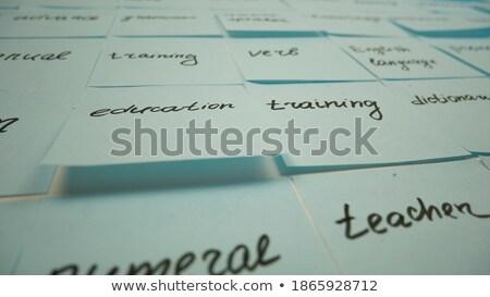Treinamento adesivo boletim amarelo cortiça mensagem Foto stock © tashatuvango
