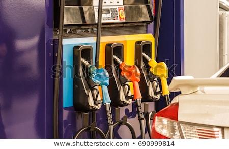 Stock fotó: Benzinkút · pumpa · benzin · gázolaj · kéz · zöld