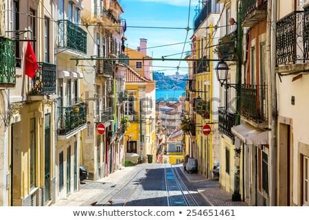 Rua cidade velha Lisboa íngreme escada Portugal Foto stock © neirfy