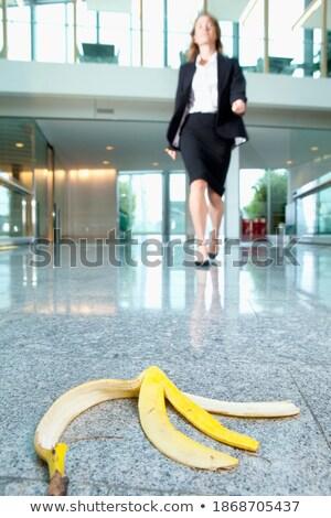 Imprenditrice banana amichevole mano frutta Foto d'archivio © vizualni