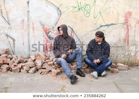 çete · duvar · adam · sokak · üzücü - stok fotoğraf © is2