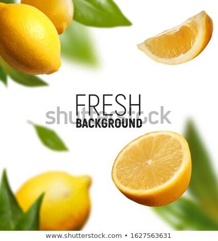 свежие зрелый апельсинов зеленые листья продажи рынке Сток-фото © elxeneize