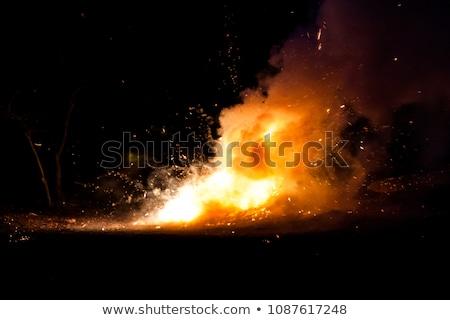 Fogo terreno perigoso grande chamas campo Foto stock © samsem