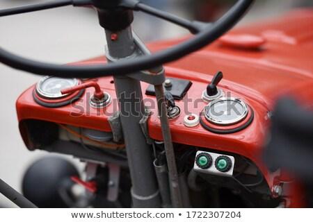 Motor trator foto motor céu Óleo Foto stock © acidfox