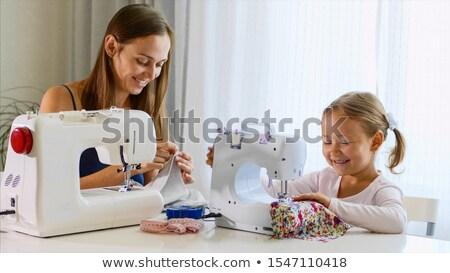 Meisje naaimachine portret jong meisje business Stockfoto © deandrobot
