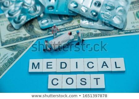 pílulas · vazio · bolha · empacotar · local · de · trabalho · laptop - foto stock © ironstealth