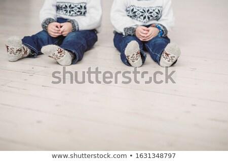 iker · lányok · ül · padló · szeretet · divat - stock fotó © Paha_L