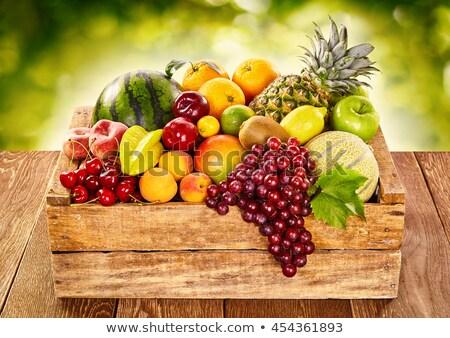 Doboz trópusi gyümölcsök piac láda asztal Stock fotó © ozgur