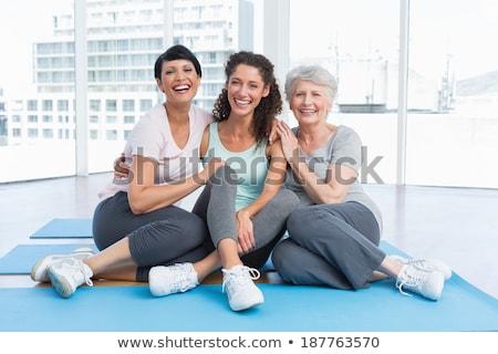 Tam uzunlukta olgun kadın egzersiz beyaz adam uygunluk Stok fotoğraf © wavebreak_media