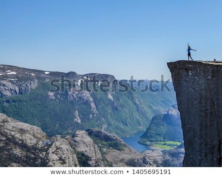 kız · oturma · kaya · uçurum · kenar · nehir - stok fotoğraf © lovleah