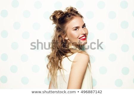 Gyönyörű mosolyog fiatal nő rózsaszín rúzs szépség Stock fotó © dolgachov