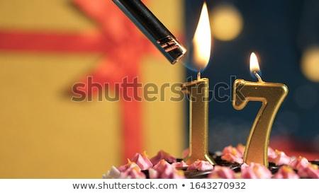 Bolo dourado velas número 17 Foto stock © Zerbor