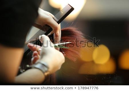 Fodrász vág haj körülvágó közelkép férfi Stock fotó © Kzenon