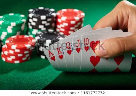 Kraliyet cips yeşil tablo poker kart Stok fotoğraf © vankad