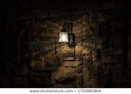Ouderwets straat licht weg gebouw venster Stockfoto © elxeneize
