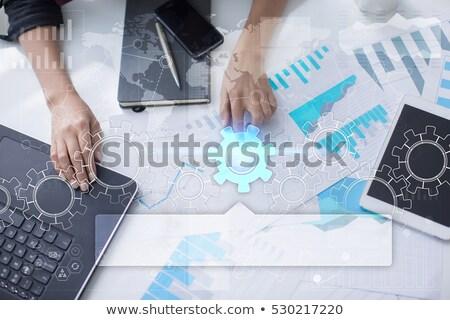 közelkép · üzletember · átlátszó · táblagép · üzletemberek · jövő - stock fotó © dolgachov
