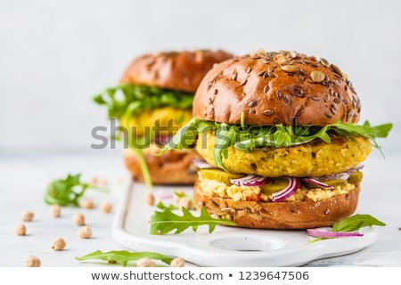 végétarien · Burger · chignon · laitue · tomate - photo stock © karaidel