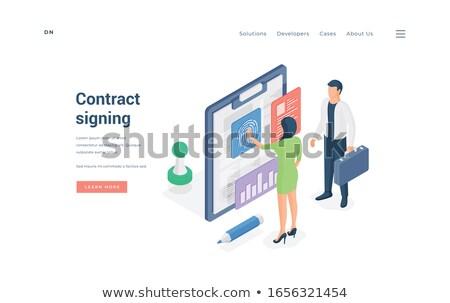 online · üzlet · levelezés · fiatal · bizalom · üzleti · partnerek - stock fotó © tashatuvango