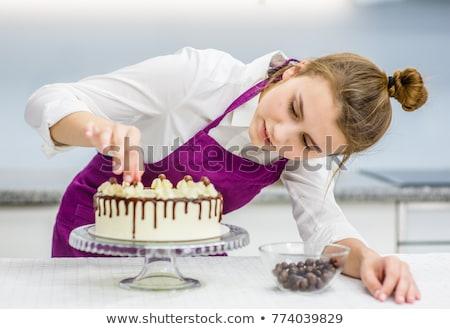 kucharz · ciasto · kuchnia · ręce · restauracji · zielone - zdjęcia stock © is2