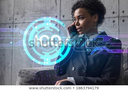 Empresária financeiro tecnologia negócio sorridente trabalhando Foto stock © dolgachov