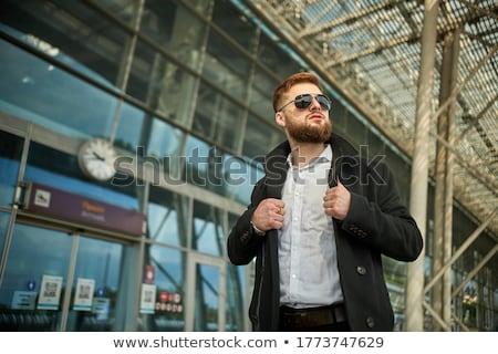 парень оба рук блондинка Солнцезащитные очки Сток-фото © feedough
