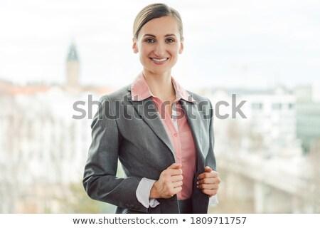 ビジネス女性 着用 シャープ スーツ オフィス 立って ストックフォト © Kzenon