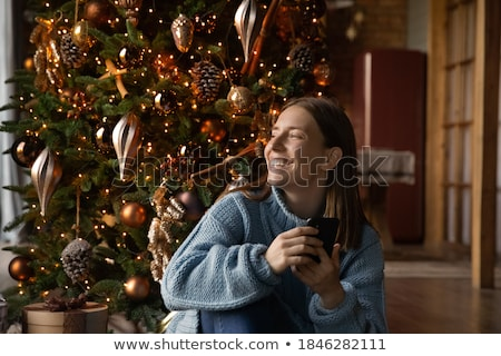 Presente teléfono teléfono móvil regalo dentro Screen Foto stock © cla78