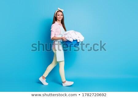 pulizie · di · primavera · donna · divertimento · punta · pulizia · spray - foto d'archivio © photography33